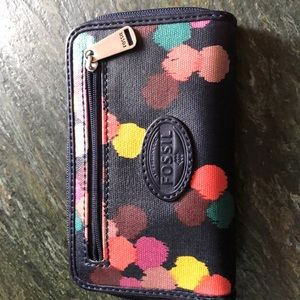 Small Fossil wallet. EUC